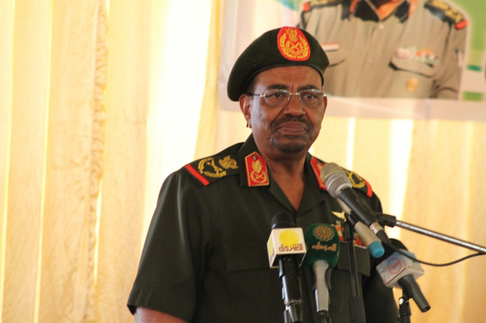 President  of the Republic lauds Armed  Forces role in protecting  the Country security and stability