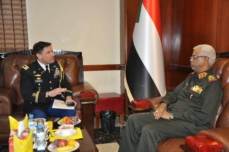 Defense Minister receives new USA military attaché