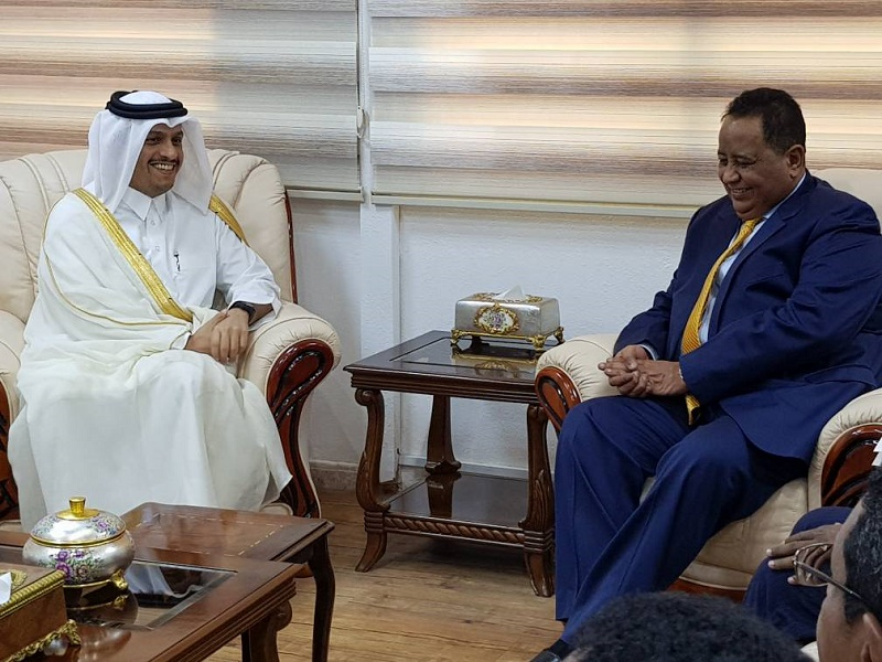 FM holds talks with his Qatari counterpart