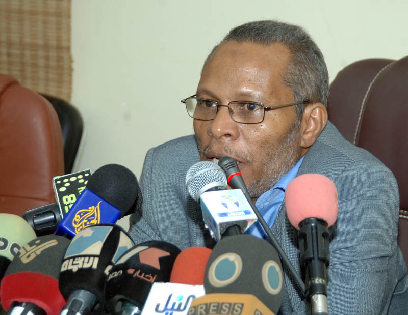 Prof. Awad : National Dialogue Committee includes all Sudanese communitys forces